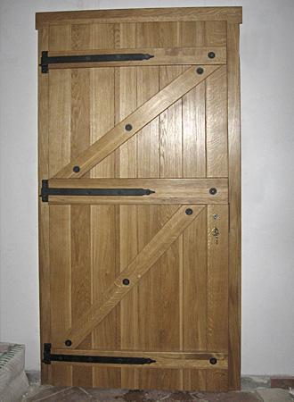 Jak samemu zrobić drzwi drewniane